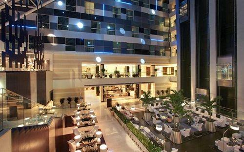 فنادق اوريكس روتانا الدوحة Oryx Rotana
