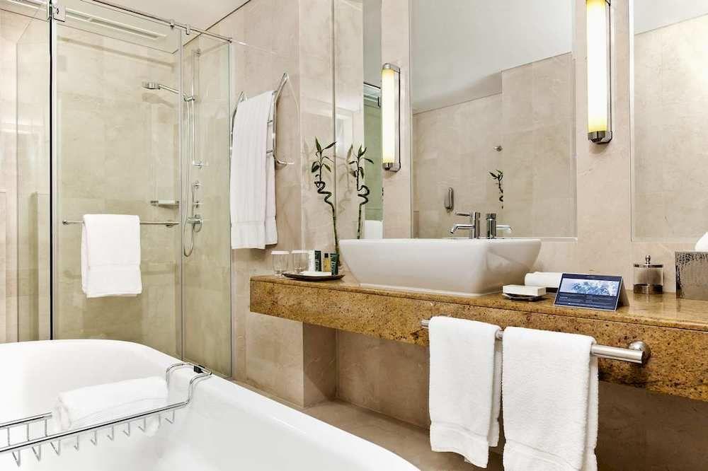 فندق شيراتون الدوحة