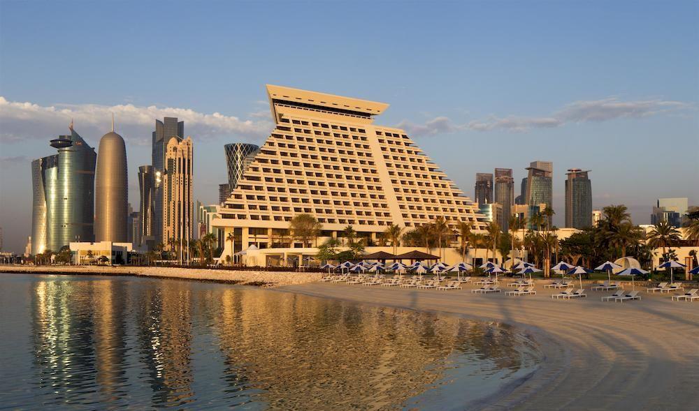 منتجع شيراتون الدوحة و فندق المؤتمرات Sheraton Doha Resort