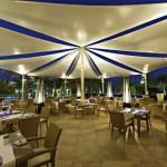 مطعم ميكونوس Mykonos Restaurant في الدوحة